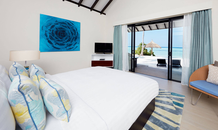 beach-garden-pool-villa-bedroom-1.jpg