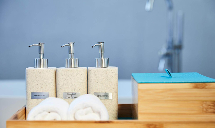 villa-bath-amenities.jpg