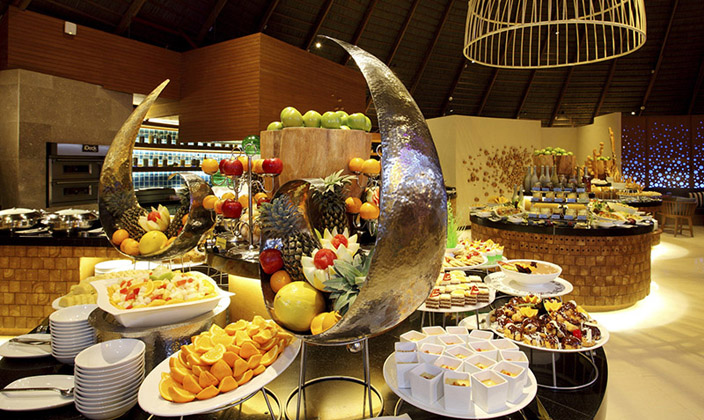oceans-buffet-dinner1.jpg