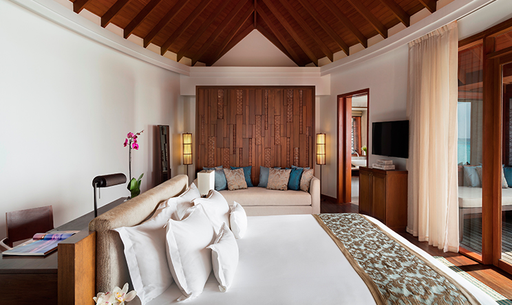 Anantara Over Water Pool Suite6.jpg