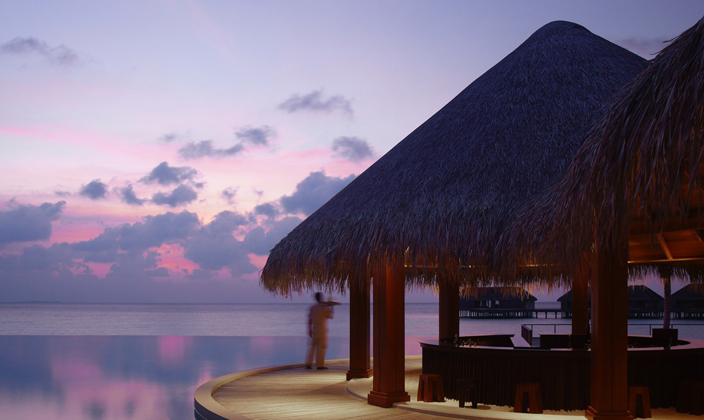 dusit-thani-maldives_restaurants_sand-bar.jpg