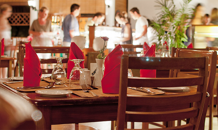 Palm-Grove-Restaurant1.jpg