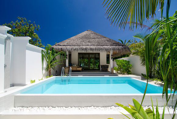beach villa with pool3.jpg