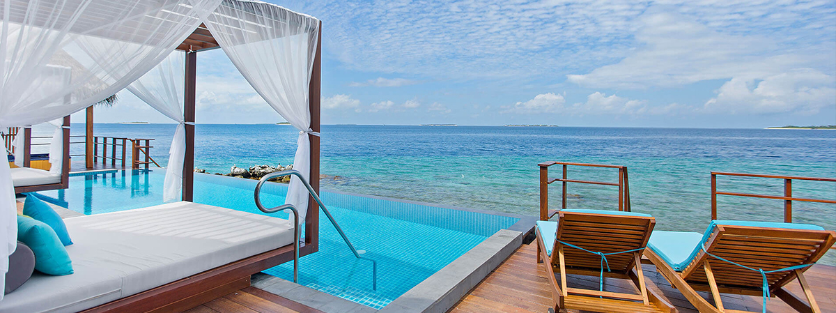 0000s_0004_Two-Bedroom-Water-Suite-Pool-View-7.jpg