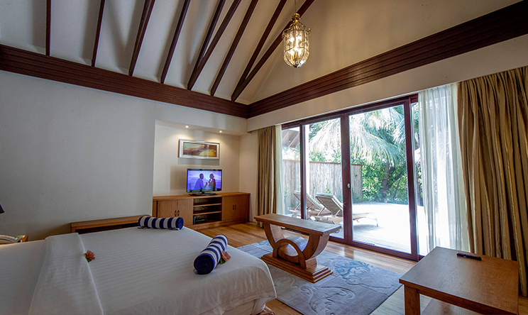 0000s_0016_Beach-Villa-bedroom-View6.jpg
