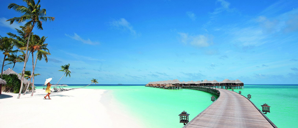 Halaveli-Resort-Maldives1.jpg