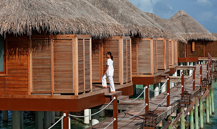 halaveli-maldives-u-spa-on-stilt-1.jpg