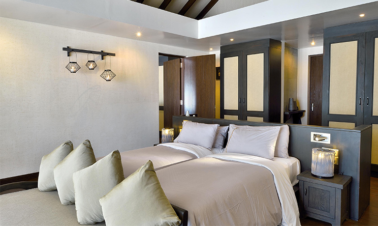 SUNSET FAMILY VILLA - INTERCONNECTING ROOMS AND TWIN BEDS.jpg