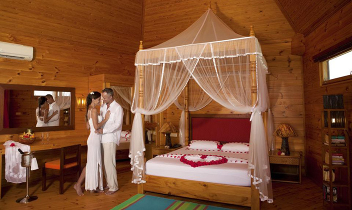 Honeymoon-Suites2.jpg