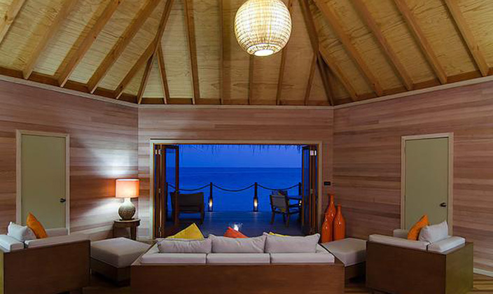 2-bedroom-Overwater-Suite10.jpg