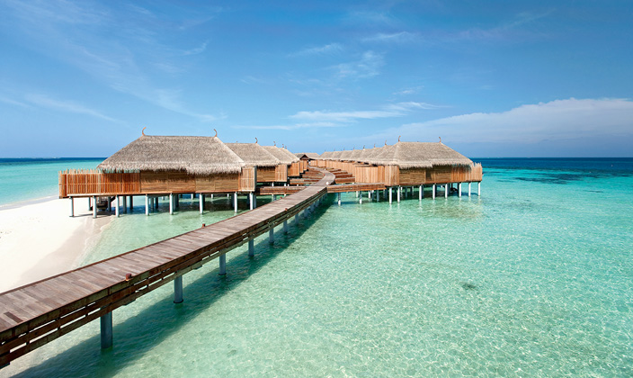 moofushi-maldives-senior-water-villa-11.jpg