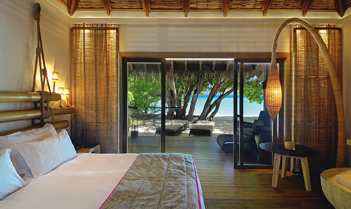 moofushi-maldives-spacious-beach-villa-1.jpg