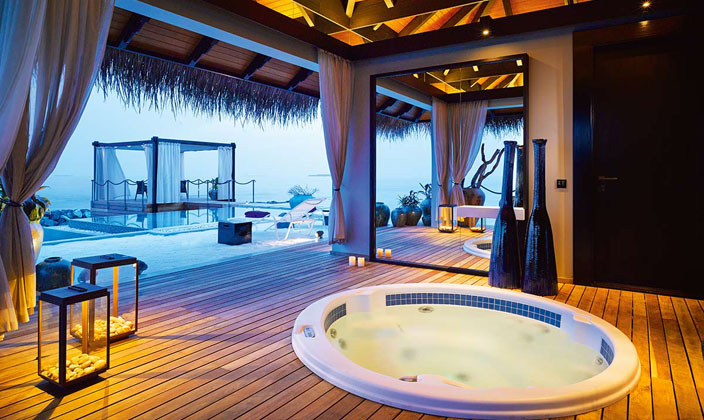 romantic-pool-residence4.jpg