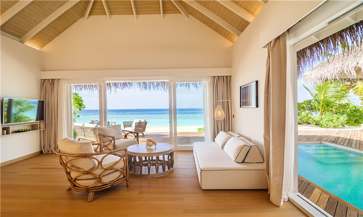Pool Suite Beach Villa (4).jpg