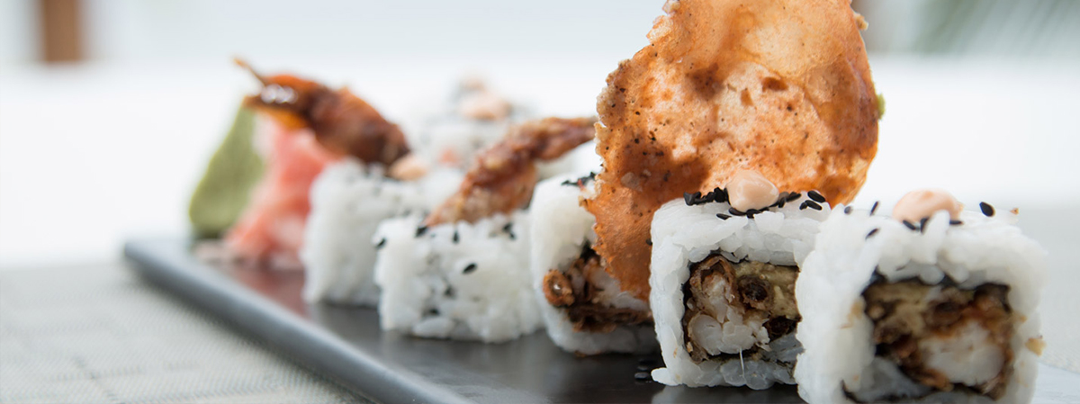 banzai-california-roll-fried-soft-shell-crab-avocado-chilli-kewpie-black-sesame.jpg