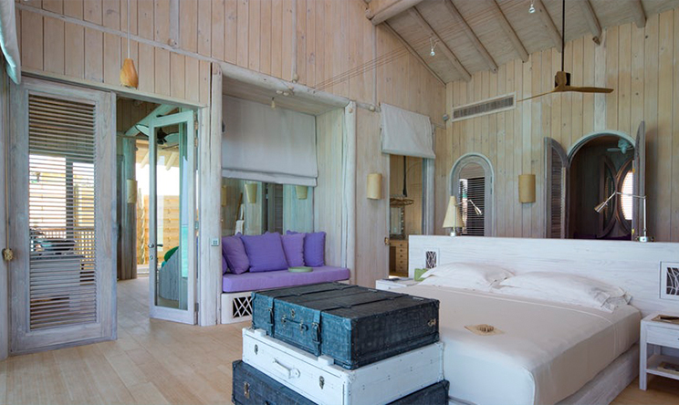 1-Bedroom-Water-Retreat_Master-Bedroom-by-Richard-Waite.jpg