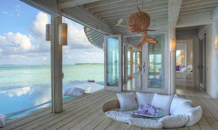 Water-Retreat-livingroom-with-view-by-Stevie-Mann.jpg