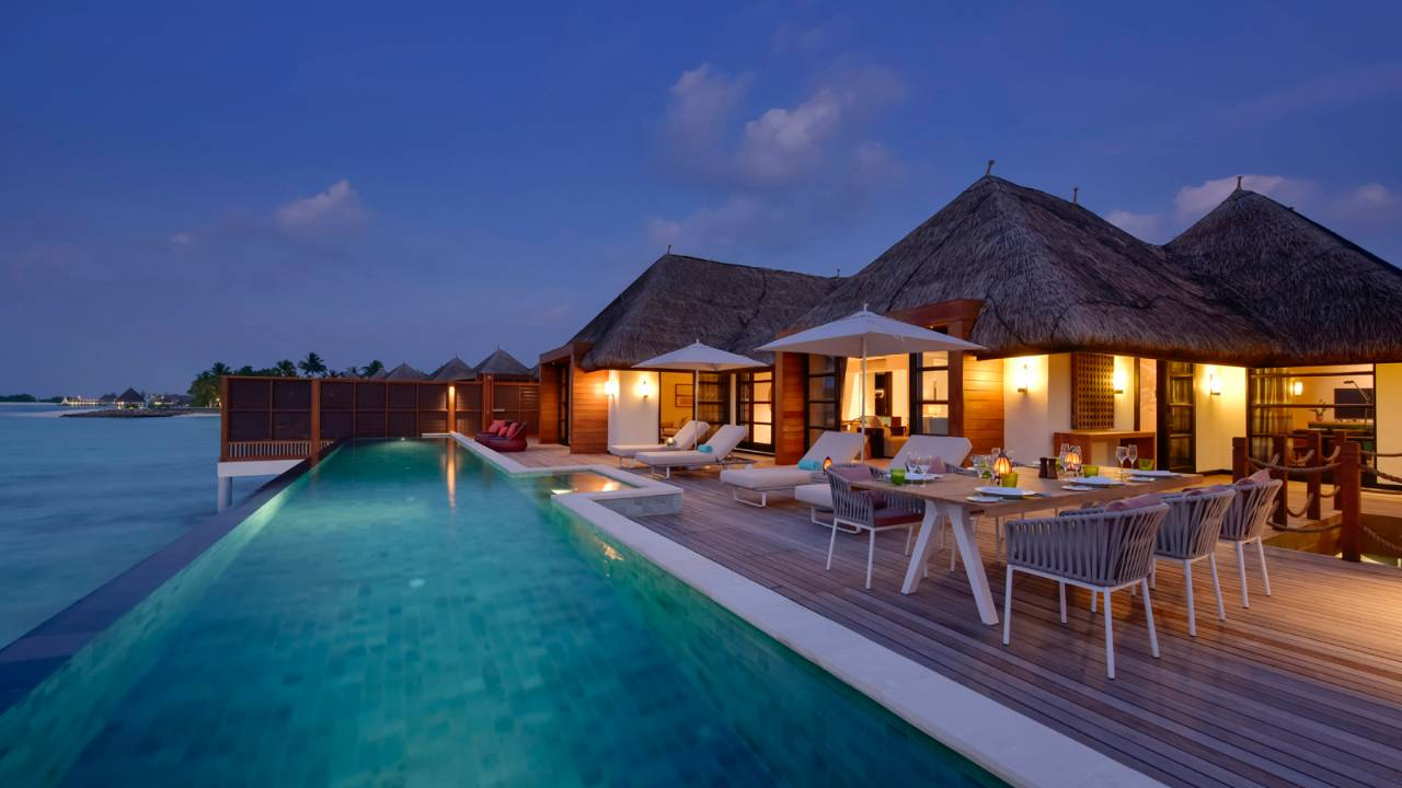 Sunset Three-Bedroom Water Suite7.jpg