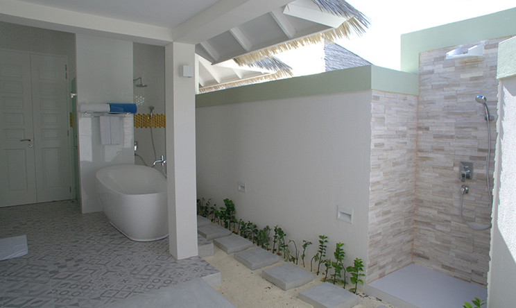 Grand Beach Villa With Pool3.jpg