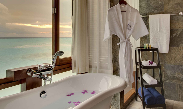 Sunset Jacuzzi Water Villas3.jpg