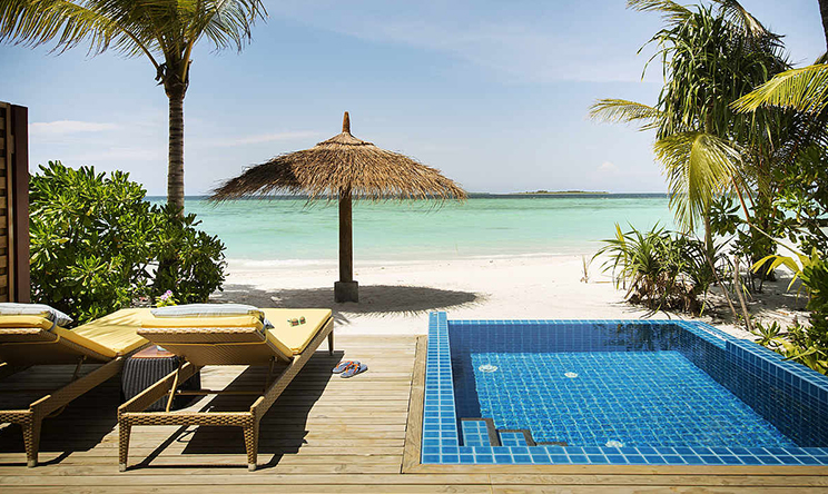 Beach-Bungalow-beach-pool5.jpg