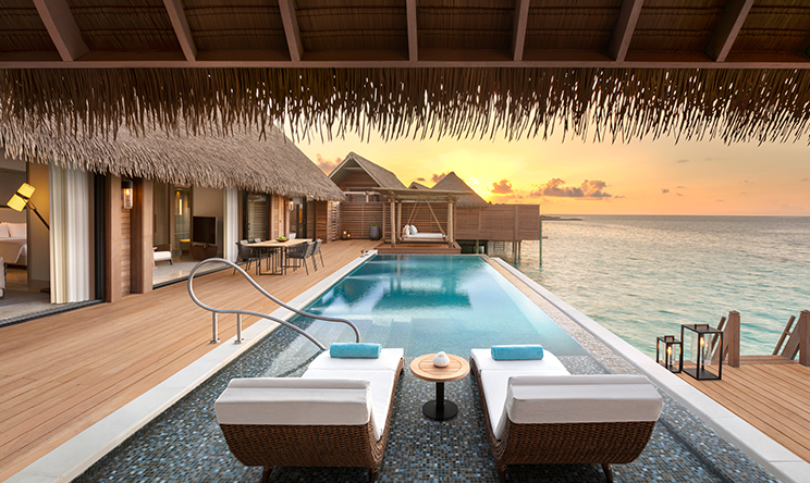 KING REEF VILLA WITH POOL (2).jpg